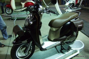 Honda Scoopy-i black colour