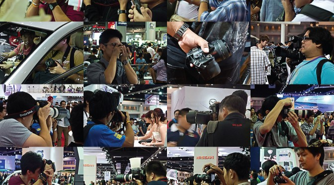 Bangkok-International-Motor-Show-2011-Camera-Man-01