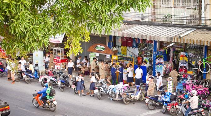 Students near Saritdidet Street Chanthaburi